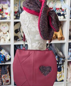 чанта червена със сърце, еко кожа