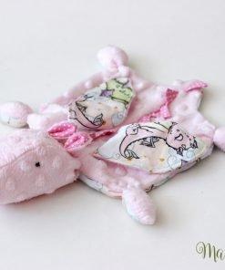 розова мека играчка