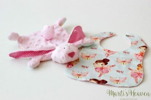 Розова мека плюшена играчка с лигавник